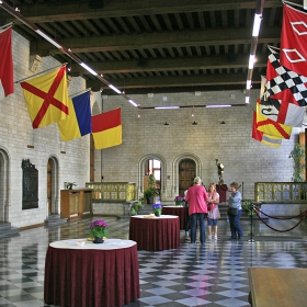 Зала в кметството на Льовен
