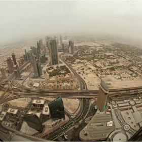 Дубай-поглед от панорамната площадка-124 ет