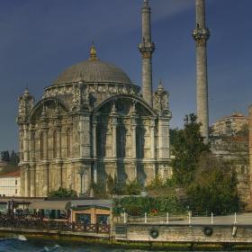 Истанбул, 14 -17 април - Ортакьойска джамия