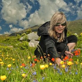 Моето момиче ...и други цветя..))