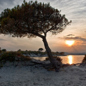 Залез над Karidi Beach