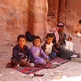 да полетим на вълшебното килимче, Петра, Йордания
