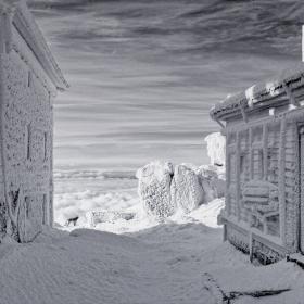 http://malinov-photo.comze.com