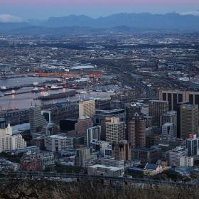 Cape Town - поглед от хълма Signal Hill, привечер 8.30ч
