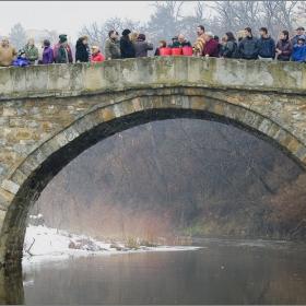Богоявление (Йордановден), Велик водосвет на моста построен от майстор Колю Фичето....
