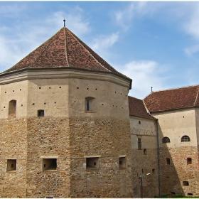 Крепостта Făgăraş (ХІV-ХVІІ в.)-1