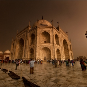 Taj Mahal before the storm