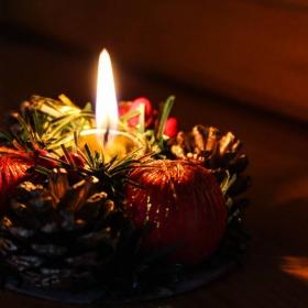 Коледна свещичка