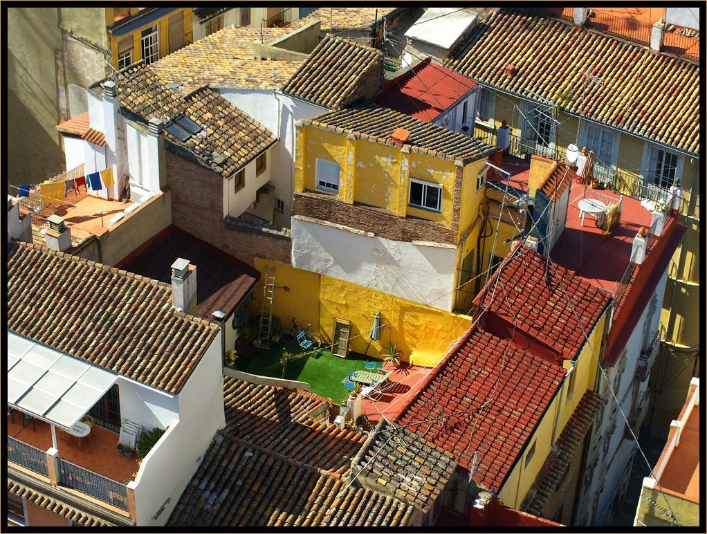 По покривите на Валенсия - 1