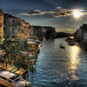 Венецианска