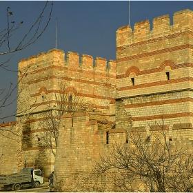 Стената на Теодосий!