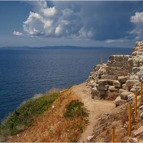 Поглед от руините на Likithos!