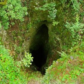 Поздрав за спелеолози!!! Пещера