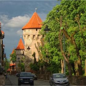 Сибиу - кулите на източната крепостна стена (ХІV-ХV в.)!