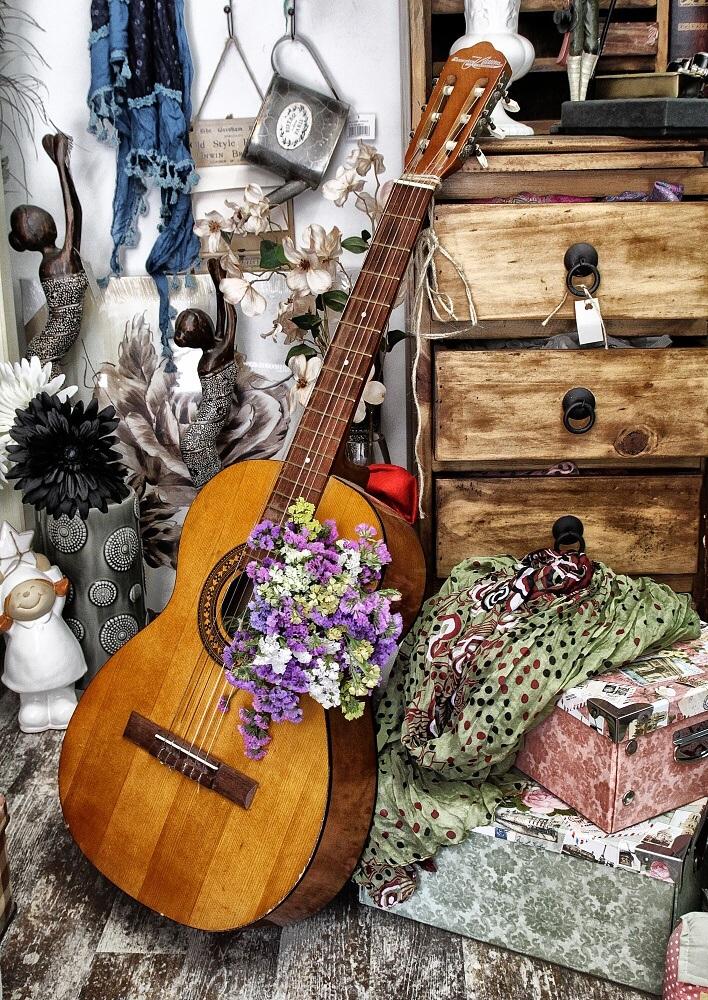 Натурия... с музика