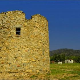 Руините на вятърните мелници в Сикия!