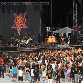 Sofia Rocks 2012 - 2 Ugly Kid Joe!