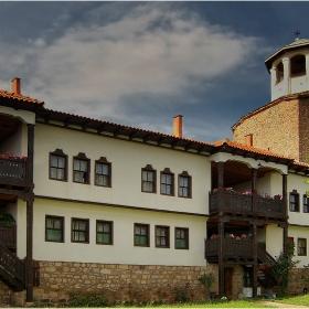 Манастирската камбанария!