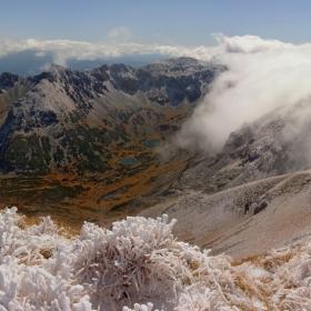 ЧЕСТИТА ЕСЕН!   Пожелавам на всички хубави моменти в планините!