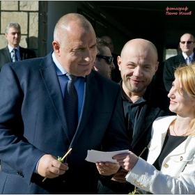 """Днес Премиерът Бойко Борисов даде старт на газификацията в Габрово... Това стана факт на официална церемония, състояла се  на площад """"Възраждане""""."""
