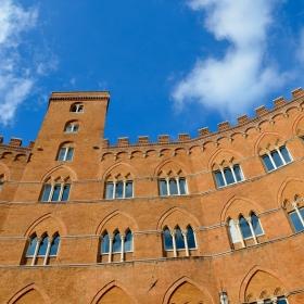 Palazzo Sansedoni Siena