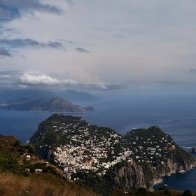 Перлата на Тиренско море, поглед от Монте Соларе