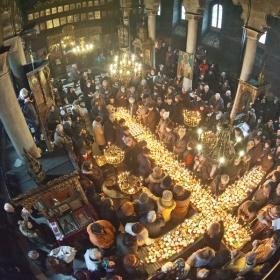 Св. Харалампий в църквата