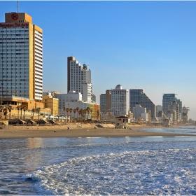 Плажът в Тел Авив 2