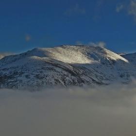 Върховете и мъглата !