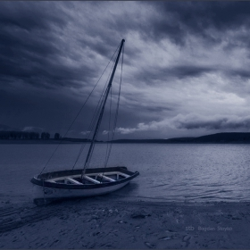 В прегръдките на водата