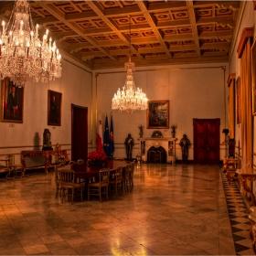 Дворецът на Великият Магистър - трапезарията