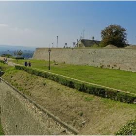 Крепостни фортификации!