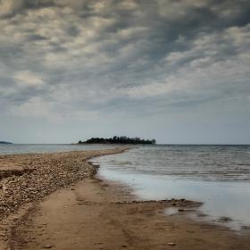 ...пътят към....едно островче...
