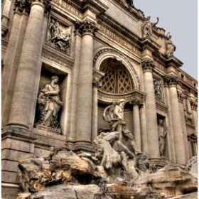 Рим, фрагмент от фонтана Треви