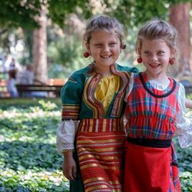 Празник на черешата 2013 /Дари и Габи/ :)