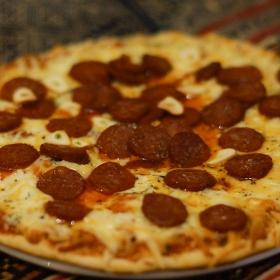пица 4 сирена с чирозо и чесън
