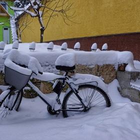 зимата настъпи педала