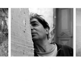 """""""Отвътре"""" е проект, който показва непознатият свят на художника -Свилен Блажев. Проекта влезе в Месец на фотографията 2014 http://photoacademy.org/themonth/2014/"""