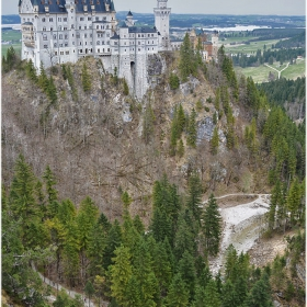 Замъкът над  дефилето Полат