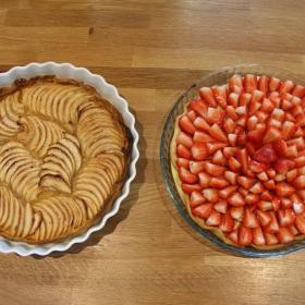 Ябълков и Ягодов сладкиш