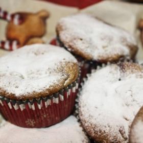 Коледни пухкави мъфини