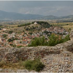 От руините на цитаделата