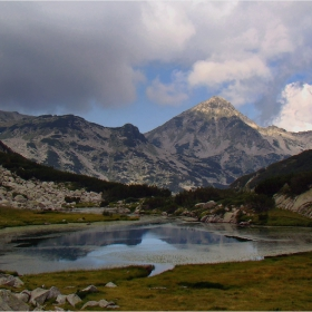 езерата на Пирин -  Бъндеришко безименно