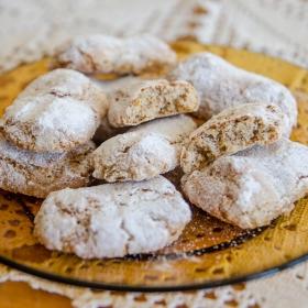 Италиански сладки с бадемово брашно