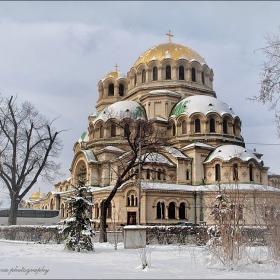 Катедралният храм и зимата