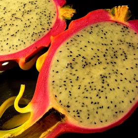 Dragon fruit (pitahaya)