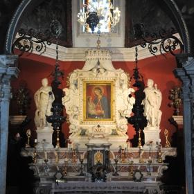 Църквата на остров Gospa od Skrpjela