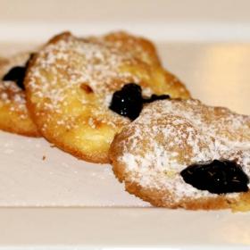 Мини италиански палачинки с боровинки