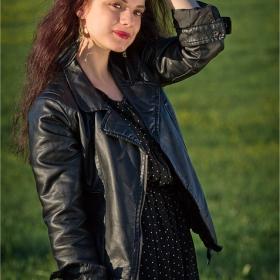 модел: Ивана