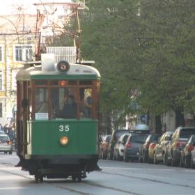 """Рожден ден на Списание """"9 месеца"""" в ретро трамвай – 1"""